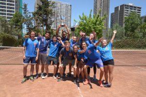 Selección de tenis de la Universidad de Chile obtuvo el bicampeonato del nacional universitario