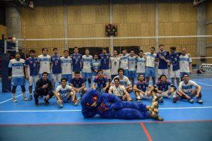 Copa Universus: U. de Chile comenzó con el pie derecho tras vencer a la UC en el vóleibol