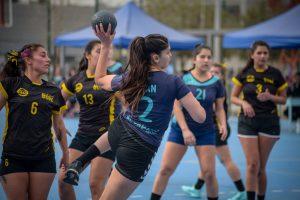 JOE 2019: FCFM hombres y Medicina mujeres cierran la fase de grupos como líderes en balonmano