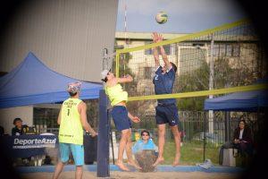 Las mujeres de Derecho y los hombres de JGM se hicieron con el primer lugar del Beach Volley
